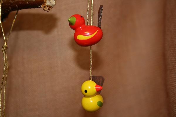 小鳥のペア赤・黄色