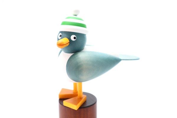 カモメ青 緑帽子