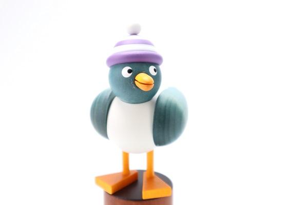 カモメ青 白紫帽子